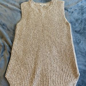Made well sweater tank top